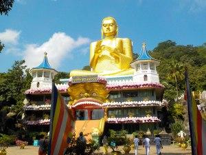 Templo Dorado en Dambulla Caves